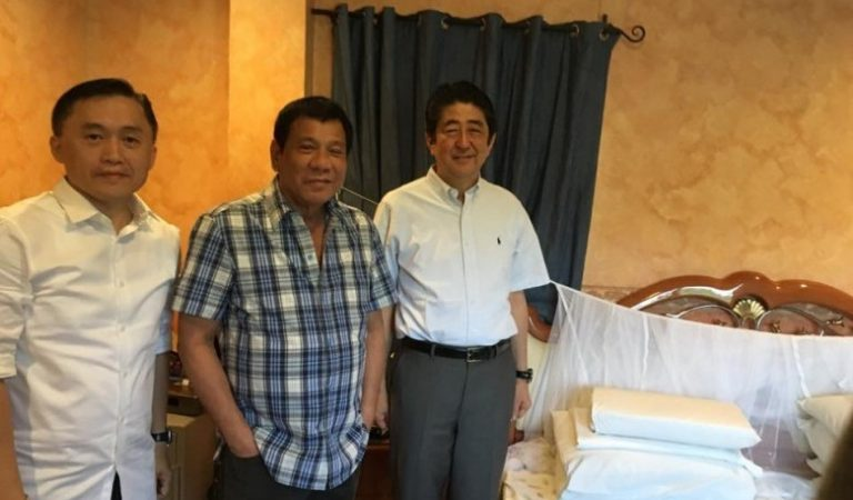 First Look: Japan Prime Minister Abe inside the humble home of President Duterte