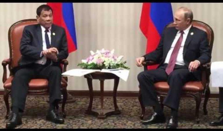 Russian President Vladimir Putin meets Philippine President Duterte