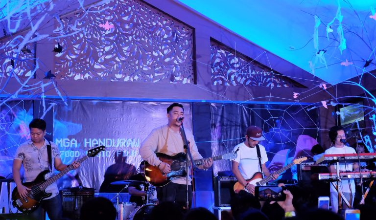 December Avenue serenades Davao City for the first time