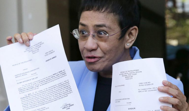 Rappler CEO Maria Ressa returns to Manila to fight Tax Allegations