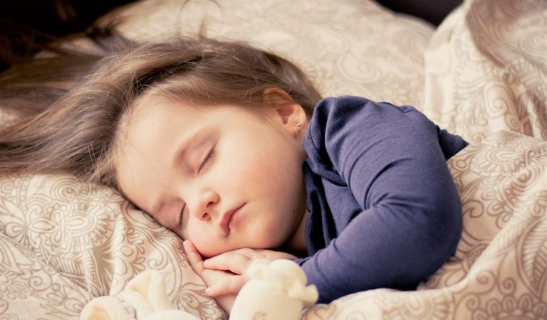 The Importances Of Overcoming Sleep Deprivation – How You Can Do It?