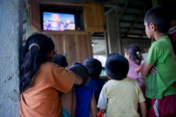 Effects of Television on Filipino Children