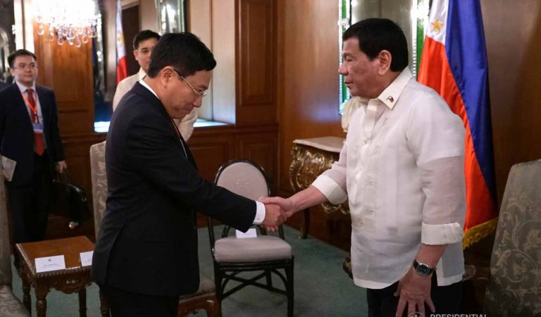 Duterte invited to revisit Vietnam