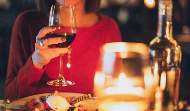 Benefits of Red Wine for a Healthier Skin