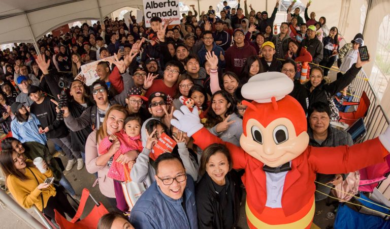Fast-Food Sensation Jollibee Opens First Store in Alberta to a Massive Crowd, Inspires Days-Long Camp-Outs