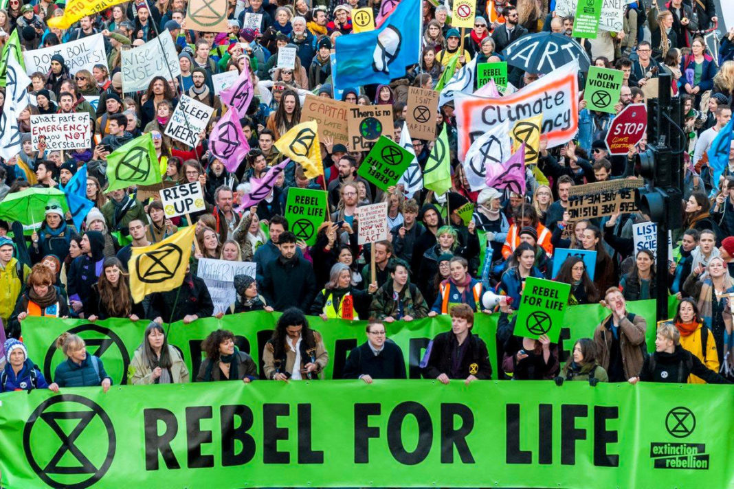 Photo: vegannewsnow.com/2019/12/27/extinction-rebellion-protests-cost-police-40-million-plus/