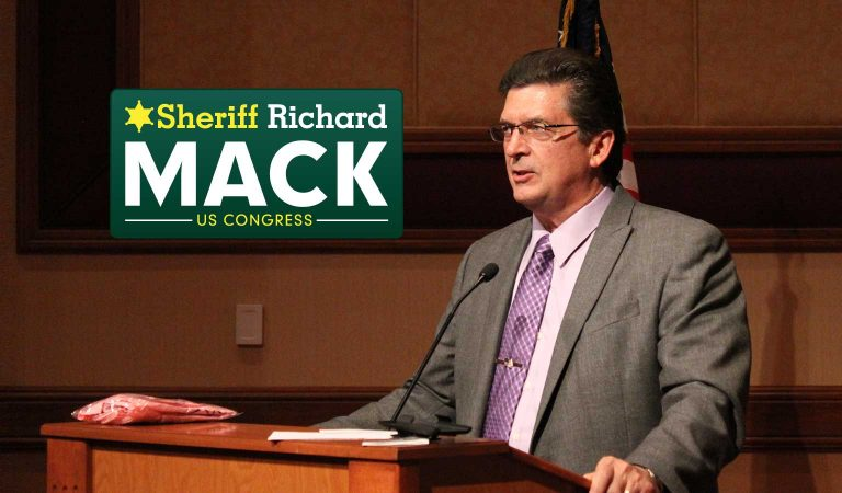 """Former Sheriff Richard Mack Calling the Mandatory Vaccination a """"Gestapo Policy"""""""